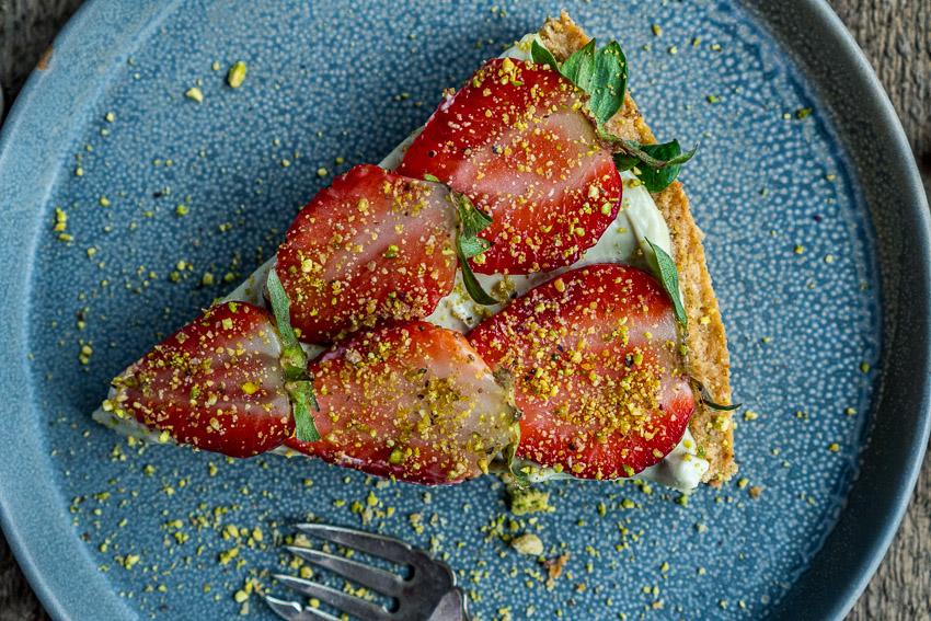 erdbeer-pistazien-tarte-017