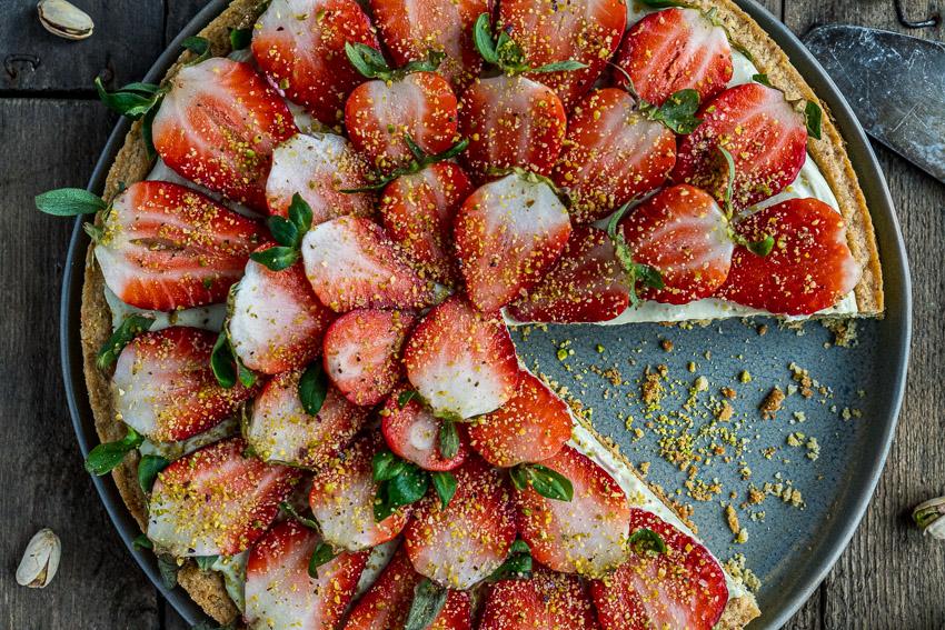 erdbeer-pistazien-tarte-018