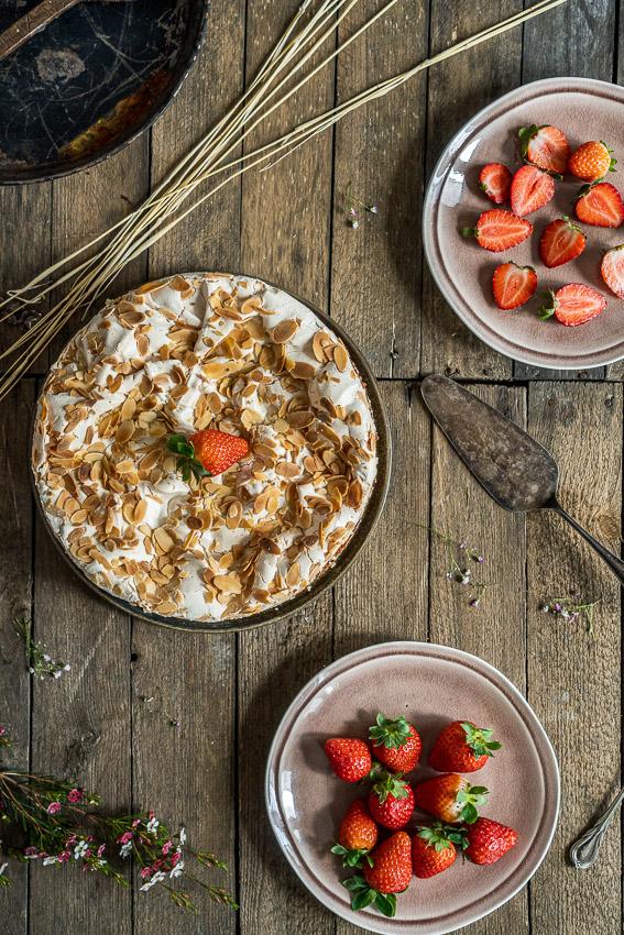 erdbeer-baiser-torte-022
