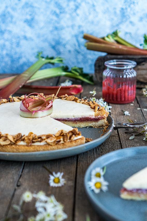 rhabarber-tarte-mit-bayrischer-creme-030