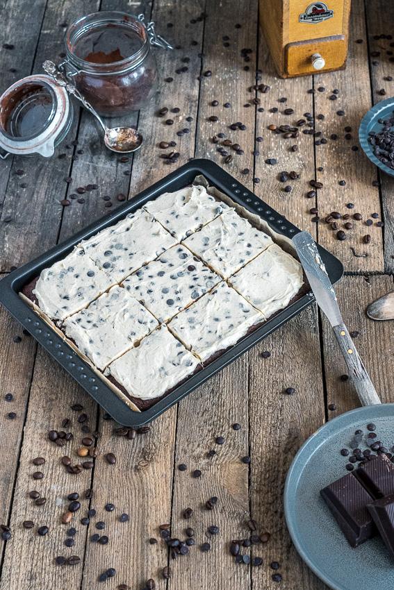 cookie-dough-brownies-001