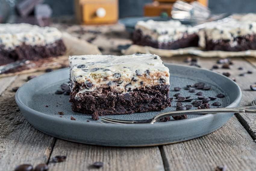 cookie-dough-brownies-008