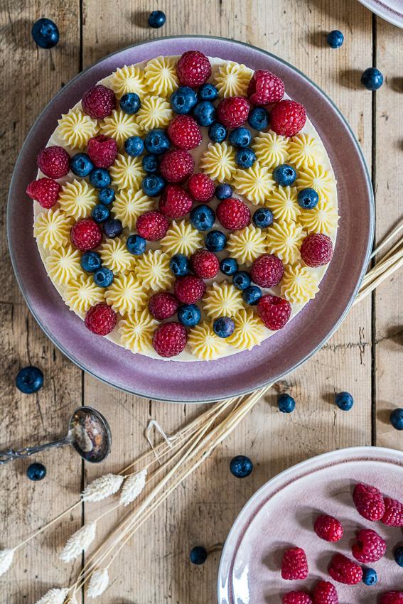 lemon-curd-torte-mit-tonka-mascarpone-022