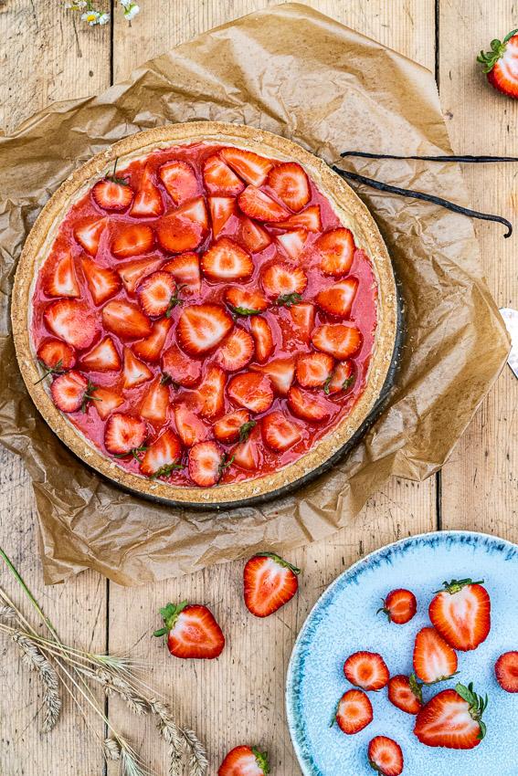 erdbeer-schmandkuchen-mit-madagaskar-vanille-024