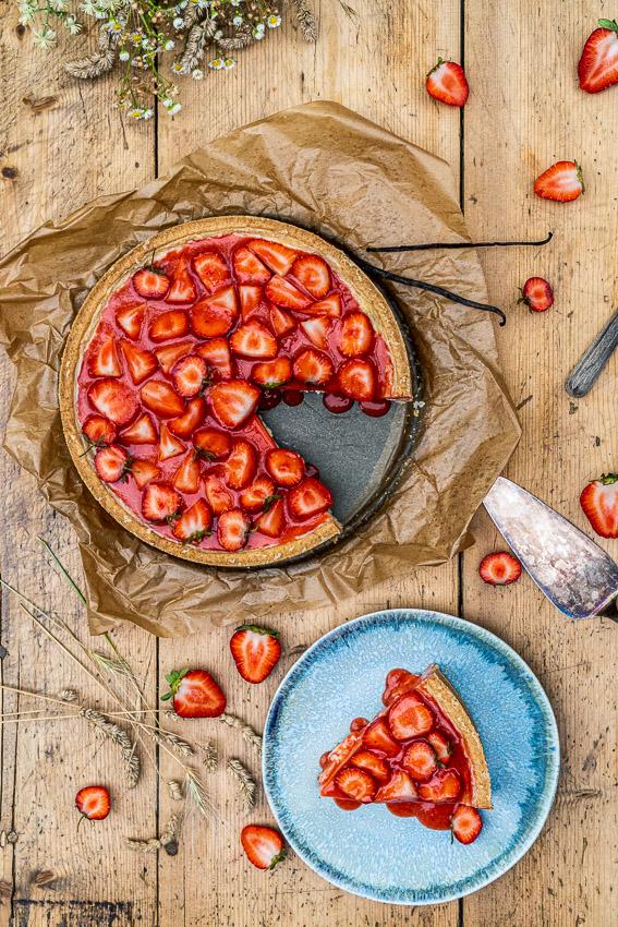 erdbeer-schmandkuchen-mit-madagaskar-vanille-042