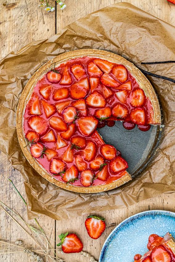 erdbeer-schmandkuchen-mit-madagaskar-vanille-043
