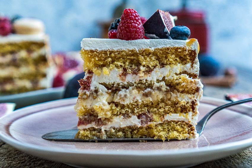 feigen-honig-torte-mit-karamellisierten-pinienkernen-035