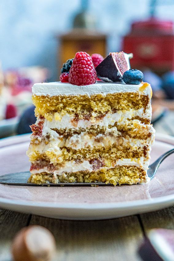 feigen-honig-torte-mit-karamellisierten-pinienkernen-042