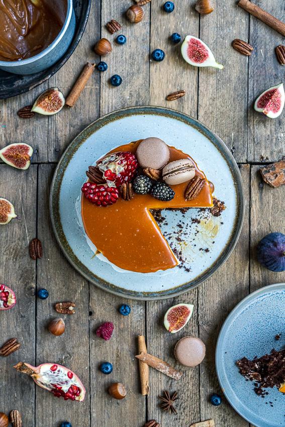 schoko-vanille-torte-mit-karamellisierten-pekannüssen-051