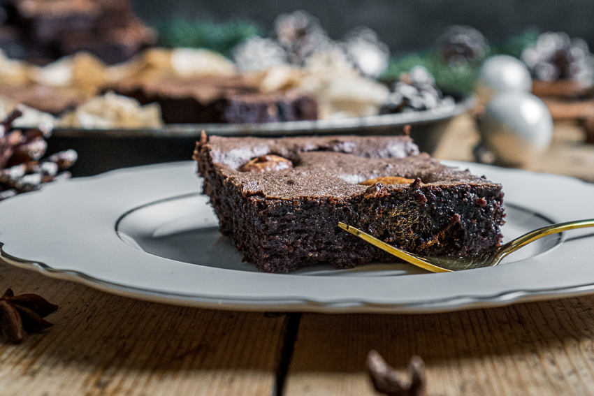 brownies-mit-gebrannten-mandeln-001