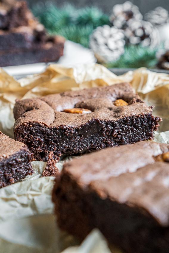 brownies-mit-gebrannten-mandeln-017