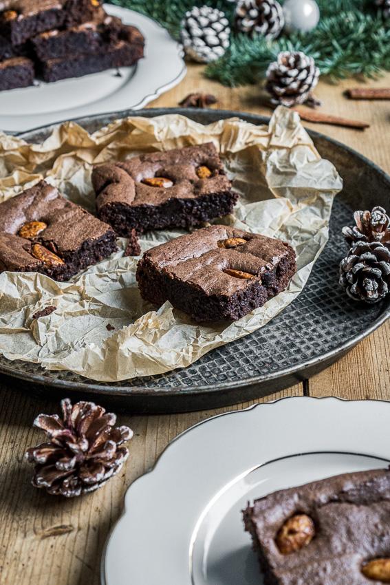 brownies-mit-gebrannten-mandeln-030