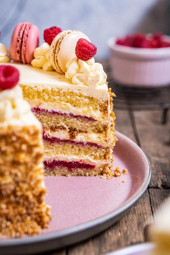 himbeer-vanille-torte-058
