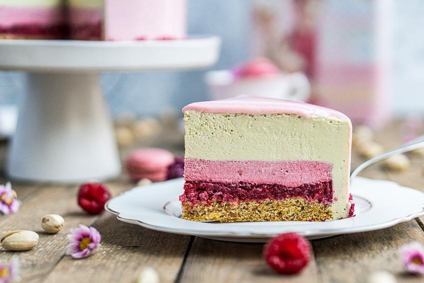 himbeer-pistazienmousse-torte-031