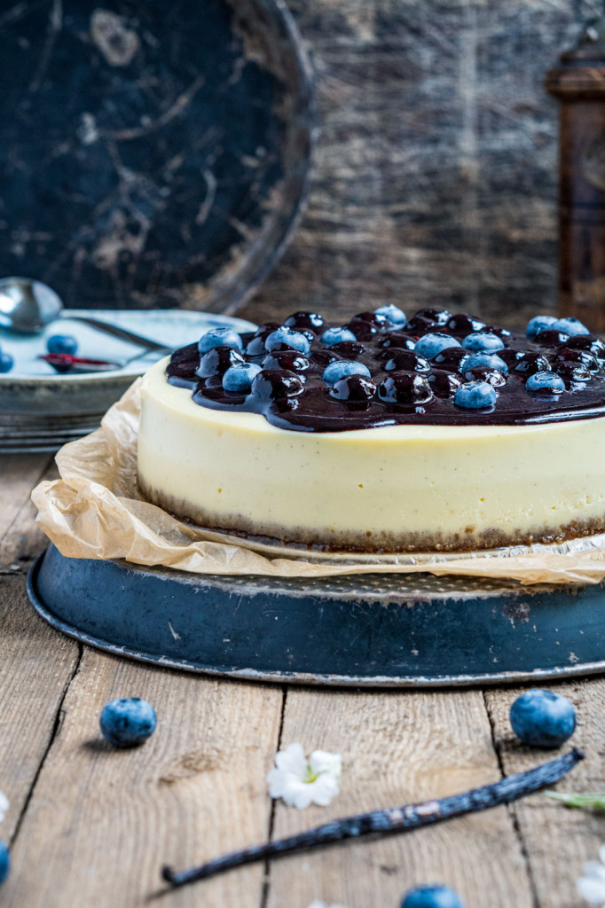 blaubeer-cheesecake-mit-weißer-schokolade-010