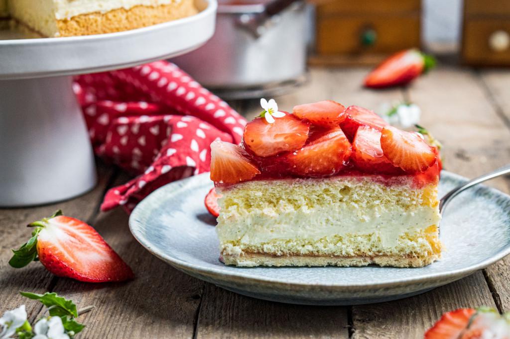 erdbeer-vanille-torte-041