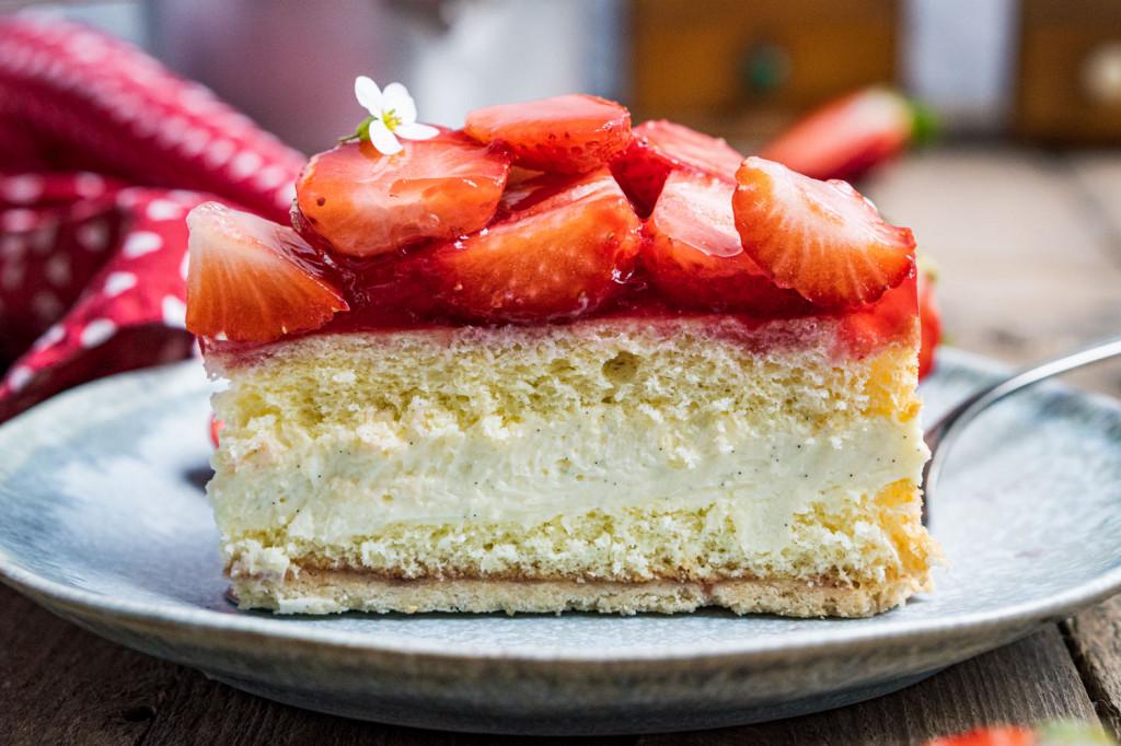 erdbeer-vanille-torte-042