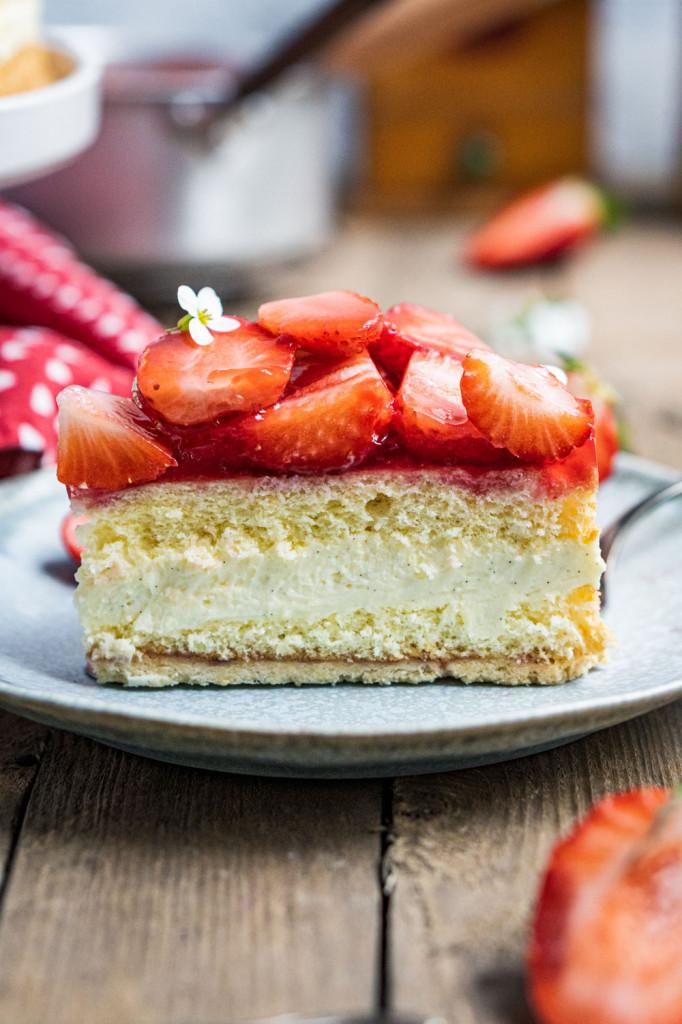 erdbeer-vanille-torte-048