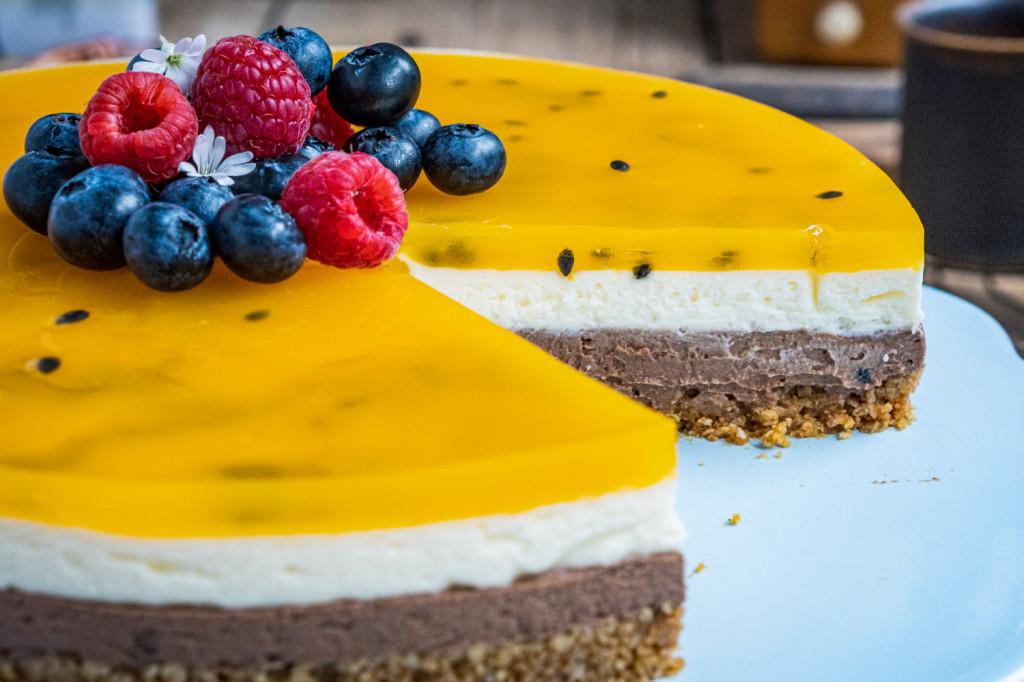 schoko-maracuja-torte-ohne-backen-027