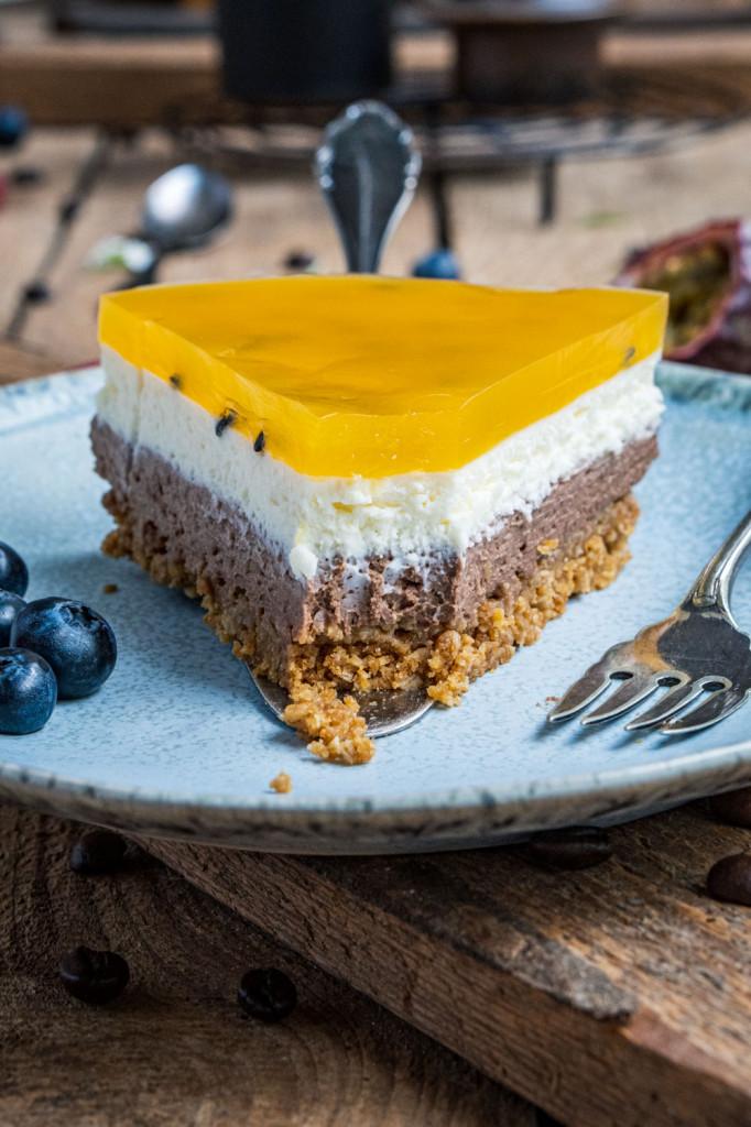 schoko-maracuja-torte-ohne-backen-033