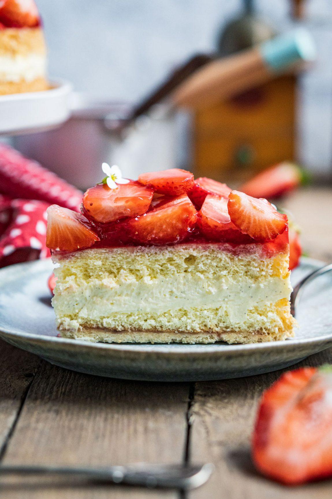erdbeer-vanille-torte-046